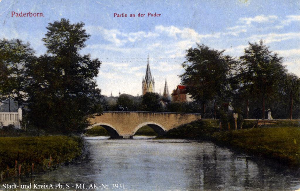 """""""Steinerne Brücke"""" am Fürstenweg, 1918 (Ansichtskarte """"Paderborn – Partie an der Pader"""")"""